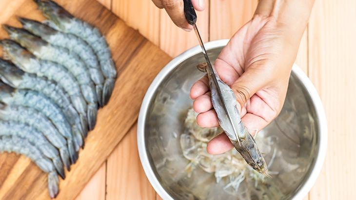 Cara Memotong Udang Berbagai Varian untuk Segala Macam Hidangan